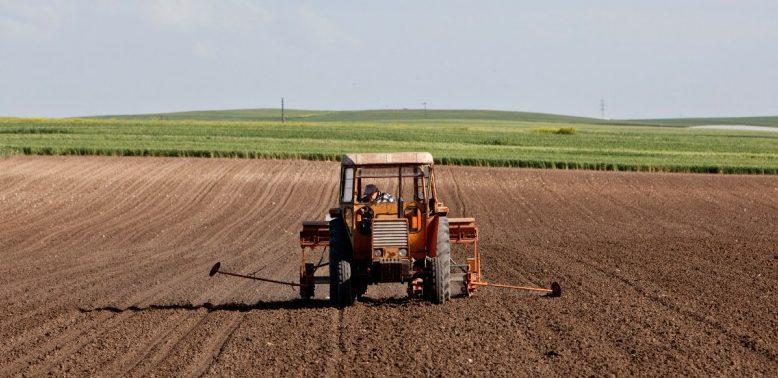 Είδος υπό εξαφάνιση τείνουν να γίνουν οι Νέοι Αγρότες στην Ελλάδα